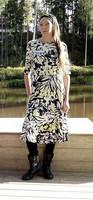 Sala Design: TAIKA naisten trikoomekko, koot 32 – 54