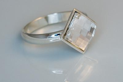 H7036 Kristallisormus