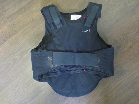 Lasten musta Eurohunter-merkkinen turvaliivi XS