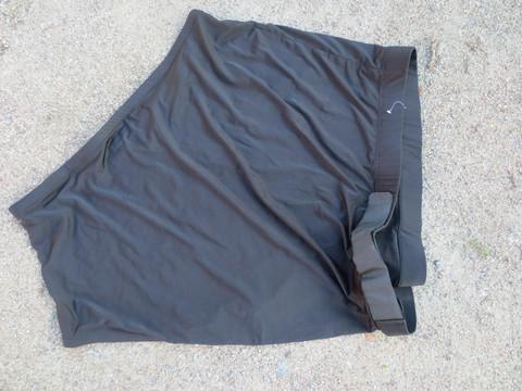 UUSI elastinen musta lapasuoja polyesteristä, M koko