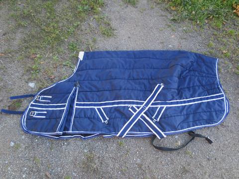 Tummansininen sisätoppaloimi sini-valkoisilla kanteilla 135 cm