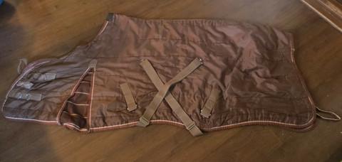 Paljon käytetty ruskea sisätoppaloimi n. 50 g, 140 cm