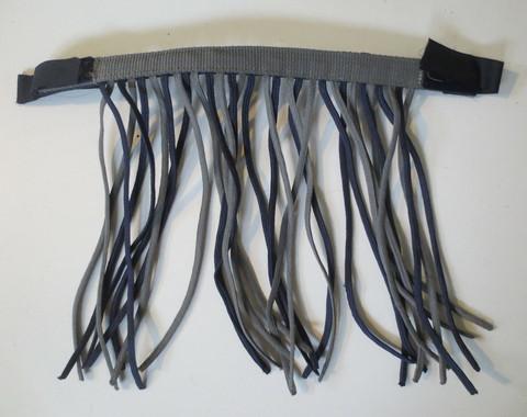 Sini musta kärpäshapsu riimuun 45 cm