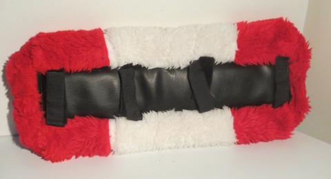 Puna-valkoinen lyhyt silatyyny 50 cm