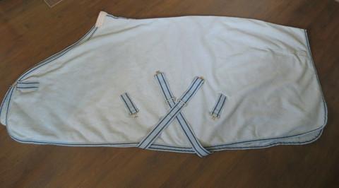 Vaaleansininen fleeceloimi 145 cm