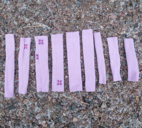 Vaaleanpunertava pehmustesetti riimuun 9 osaa