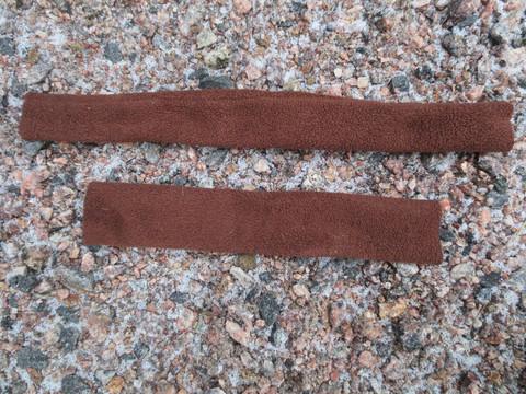 Ruskeat ja maastokuvioiset pehmusteer riimuun 7 osaa