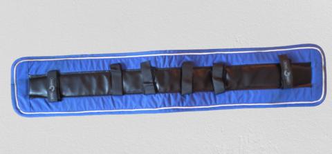 Finn Tack sini-musta-valkoinen silapehmuste 95 cm