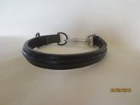 Musta panta pistoolilukolla, pituus 38 cm