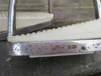 Jalustimet vinoilla kumeilla, 12 cm