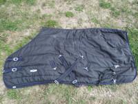 Finntack musta sisätoppaloimi 135 cm