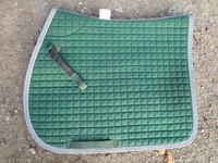 Vihreä satulahuopa harmailla kanteilla, neliön mallinen FULL