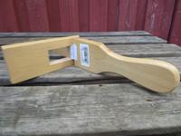 Satulavyön kiristyslaite, puinen