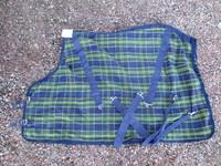 Pikkuponin sini-vihreäruudullinen puuvillaloimi 105 cm