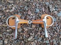 Nahkapäällysteinen ravinivel 11 cm