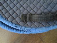 Koulupainotteinen satulan mallinen satulahuopa, sininen FULL