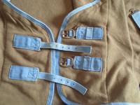 Vaalean ruskea fleeceloimi vaaleansinisillä kanteilla 140 cm