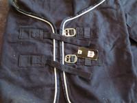 UUSI Horzen tummansininen villaloimi 145 cm