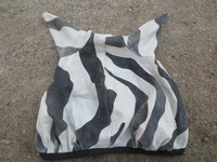 Bucas Zebra ötökkähuppu FULL