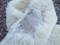Aito vaalea lampaankarvapehmuste satulavyöhön 90 cm