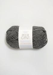 Peer Gynt, tummanharmaa meleerattu 1053