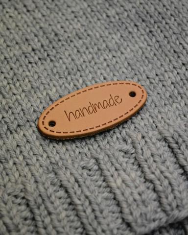Handmade-merkki aitoa nahkaa, ovaali
