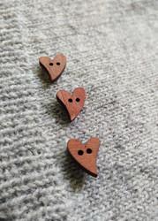 Träknapp, brunt hjärta 20 mm