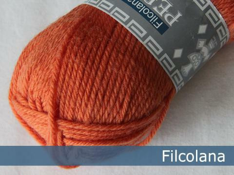 Peruvian Highland Wool, 215 Carrot