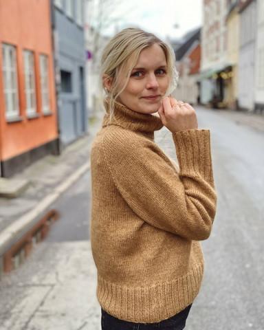 Caramel sweater, på svenska