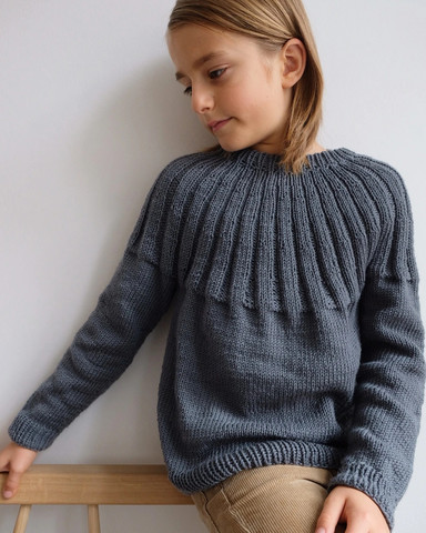 Haralds sweater - junior, ruotsinkielinen ohje