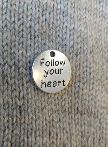 Follow your heart-riipus, pyöreä