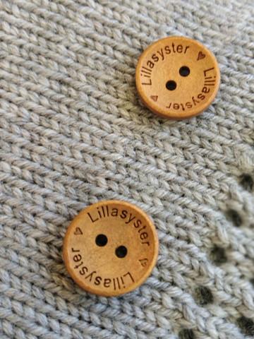 Lillasyster puunappi,  18 mm