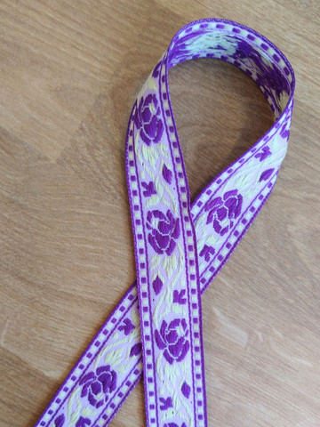 Vävt band 20 mm, ros, lila/gul
