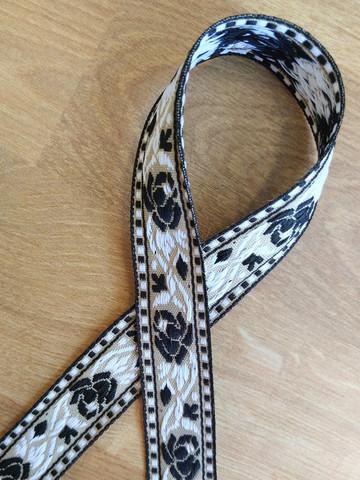 Vävt band 20 mm, ros, svart/vit/beige