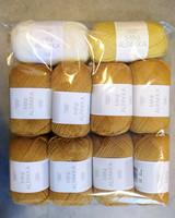 Fyndhörna: Sandnes Mini Alpakka 10 st, ockra+gul+vit