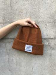 'Winter is coming, knit faster' märke
