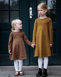 Ankers klänning, mönster på svenska
