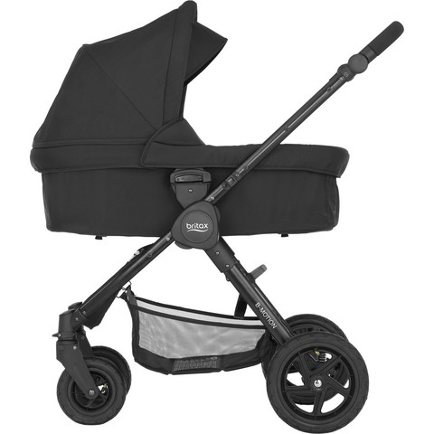 Britax B-Motion 4 Plus, Cosmos Black -vaunukopalla