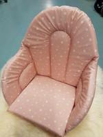 Istuinpehmuste syöttötuoliin, pastelli roosa