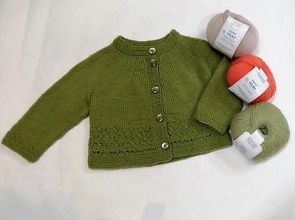 vauvan-lasten-neule-jakku-ohje-teetee-helmi-merinovilla-lanka