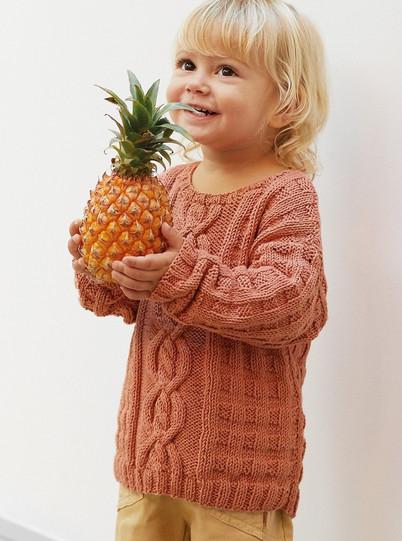 vauvan-lasten-palmikkoneuelpusero-puuvillasta-ohje-kotiliesi-kasityo-4-2021-Katia-cotton-100-lanka