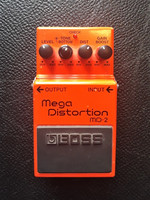 Säröpedaali Boss Mega Distortion MD-2 (käyt)