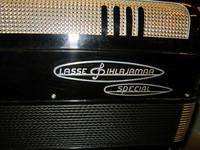 Myydään asiakkaan lukuun Haitari Lasse Pihlajamaa Special 4-äänikertainen (käyt) + laukku (käyt