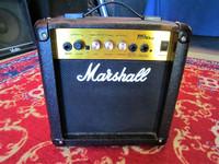 Myydään asiakkaan lukuun Kitaravahvistin Marshall MG 10cd (käyt)