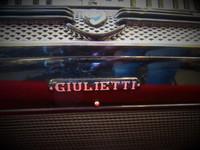 Myydään asiakkaan lukuun Pianohaitari Giulietti 3-äänikertainen (käyt) + laukku (käyt