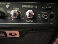 Myydään asiakkaan lukuun Kitaravahvistin Line6 Spider IV 15 (käyt)