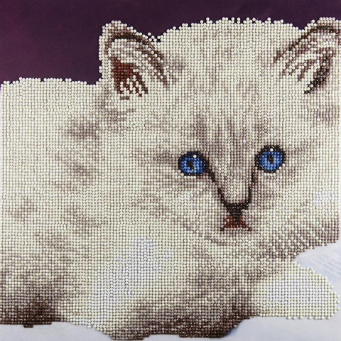 Leisure Arts - White Cat, Timanttimaalaus, 40x40cm