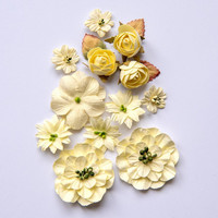 49 and Market - Country Blooms, Cream, Paperikukkasetti