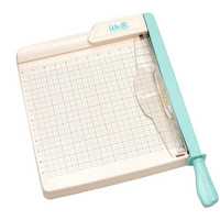 We R Memory Keepers - Guillotine Trimmer 12