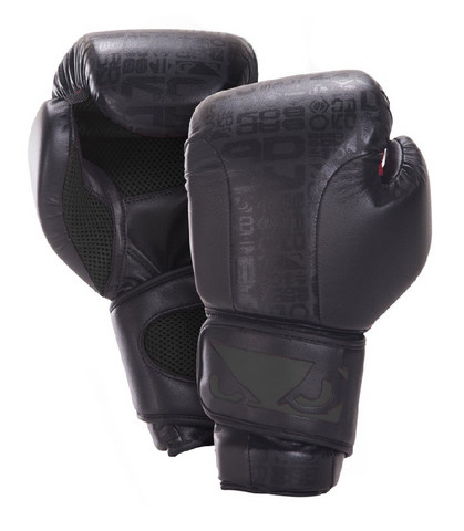 Bad Boy Legacy boxing gloves